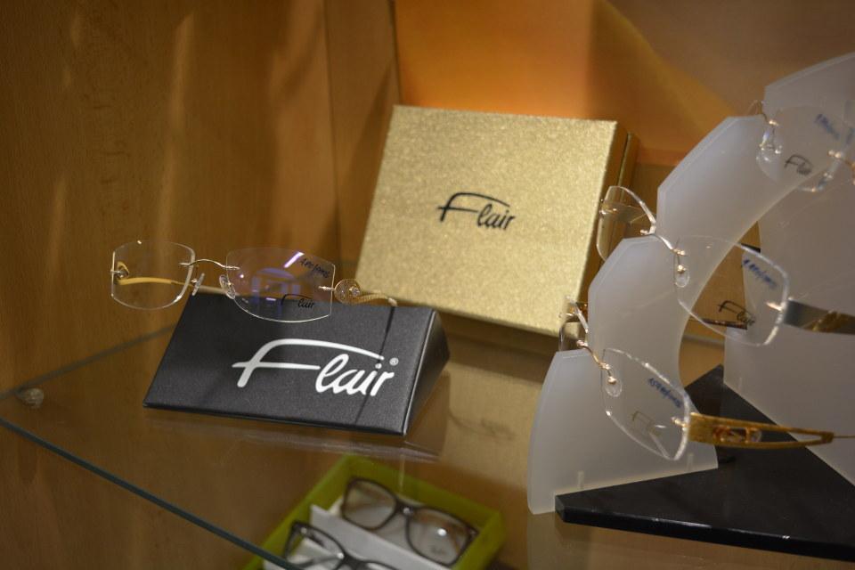 Vrtané luxusní dámské brýle Flair,